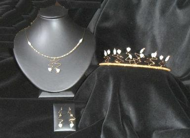 Mother of Pearl Tiara, Necklace & drop Earrings